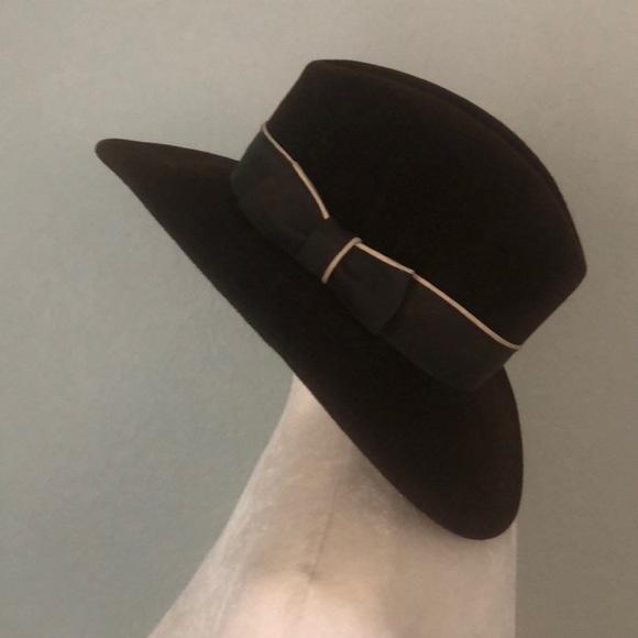 Vintage Betmar Hat Union made Felt floppy S. M 5b4f85885098a0b603ad4cfa 5638cbef48c